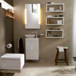 Полочка в ванной - как повесить надёжно и сберечь кафель?